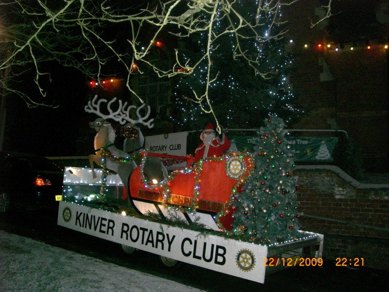 Snowbound sleigh's £5,000 takes Rotary Club's recent charity collections total to £15,000